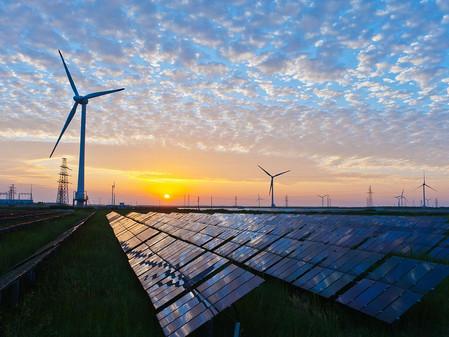 Solár už zaměstnavá více lidí než uhlí, plyn a ropa dohromady