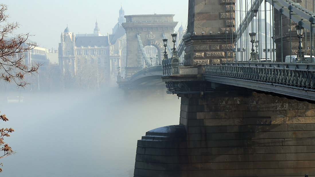 budapest-2067977_1920.jpg