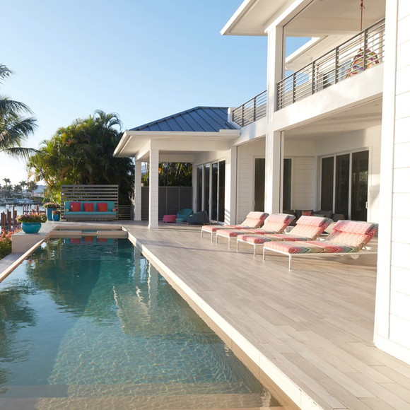 View of pool & deck