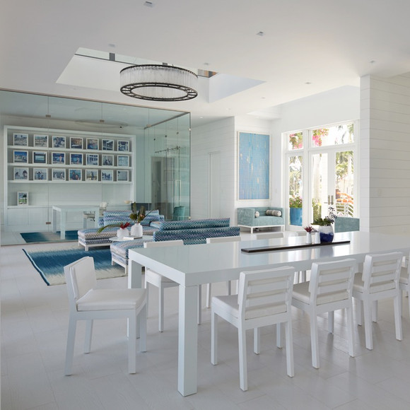 Dining table, formal seating