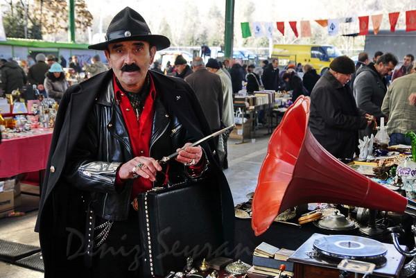 Ankara ayrancı antika pazarı