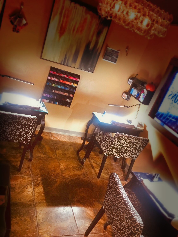Manicure Room