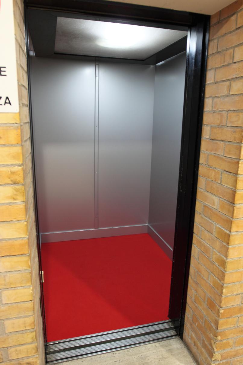 008_rivestimento cabina ascensore