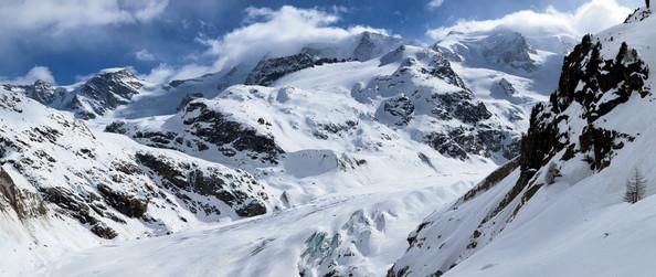 Morteratsch_Winter_Panorama-1-Kopie.jpg
