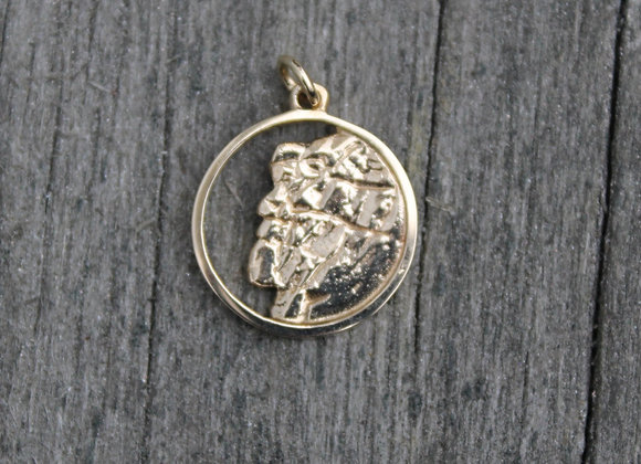 14K Yellow Gold Old Man on the Mountain Charm