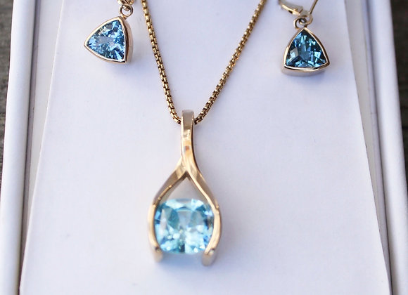 14K Yellow Gold Blue Topaz Pendant and Earring Set