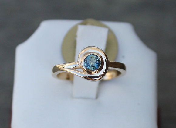 14K Yellow Gold and Blue Sapphire Swirl Ring