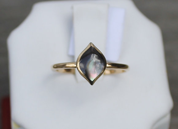 14K Yellow Gold Black Mother of Pearl Ring