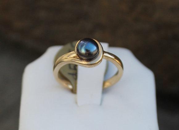 14K Yellow Gold Black Pearl Ring