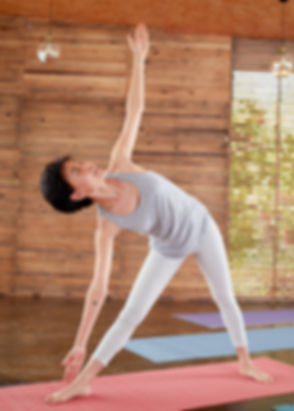 20190510-Yoga_20318 Revised.jpg