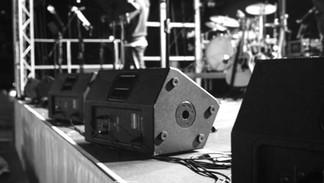 Mackie SRM 550 Monitors