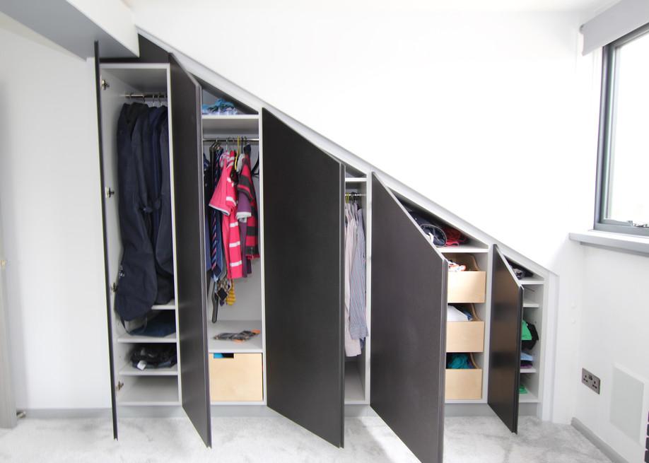 Trufitt Eaves Wardrobe 5.jpg