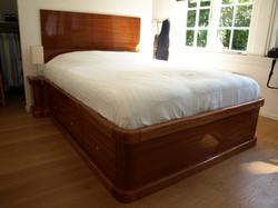 Mahonie bed