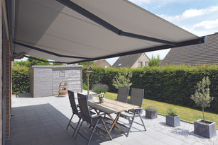 Domestic Awnings for the Eastbourne, Seaford, Newhaven, Peacehaven, Brighton, Lewes, Heathfield, Hailsham, Bexhill and Hastings East Sussex Areas.