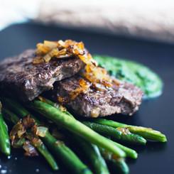 Les haricots verts grillés Steak et
