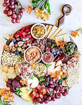 Autumn-Charcuterie-Board-2.jpg