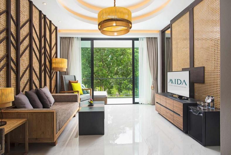Mida Resort Kanchanaburi Room Lamps 2.jp