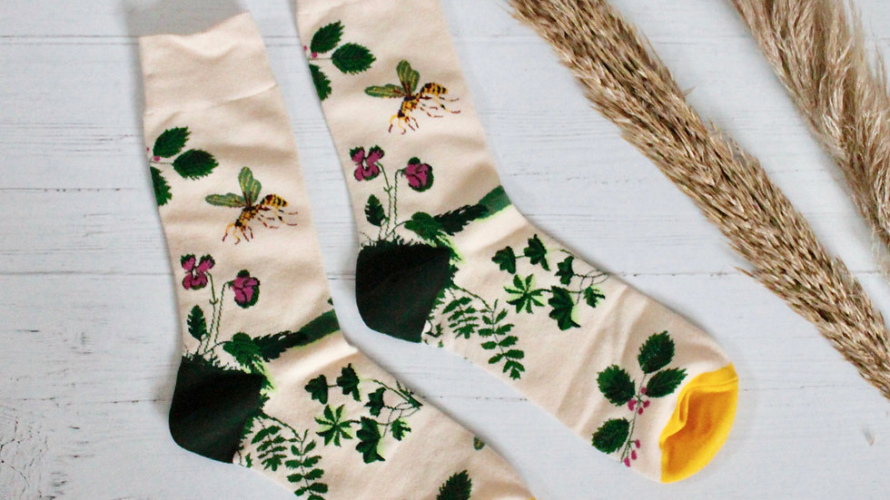 Frogs, Bees & Leaves Socks