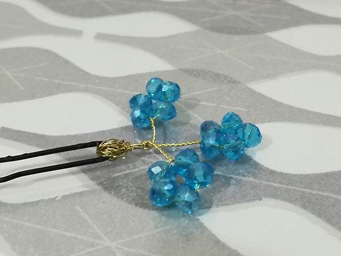 """Pin Azul """"Tres Flores"""""""