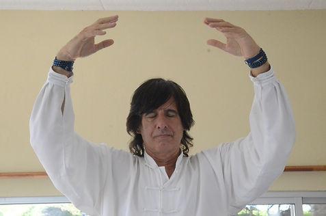 Instructor Zhineng Qi Gong José Carlos Lione |  ConQiencia