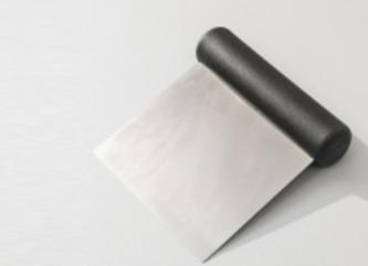 Tešlos kapoklė su nerūdijančio plieno geležte