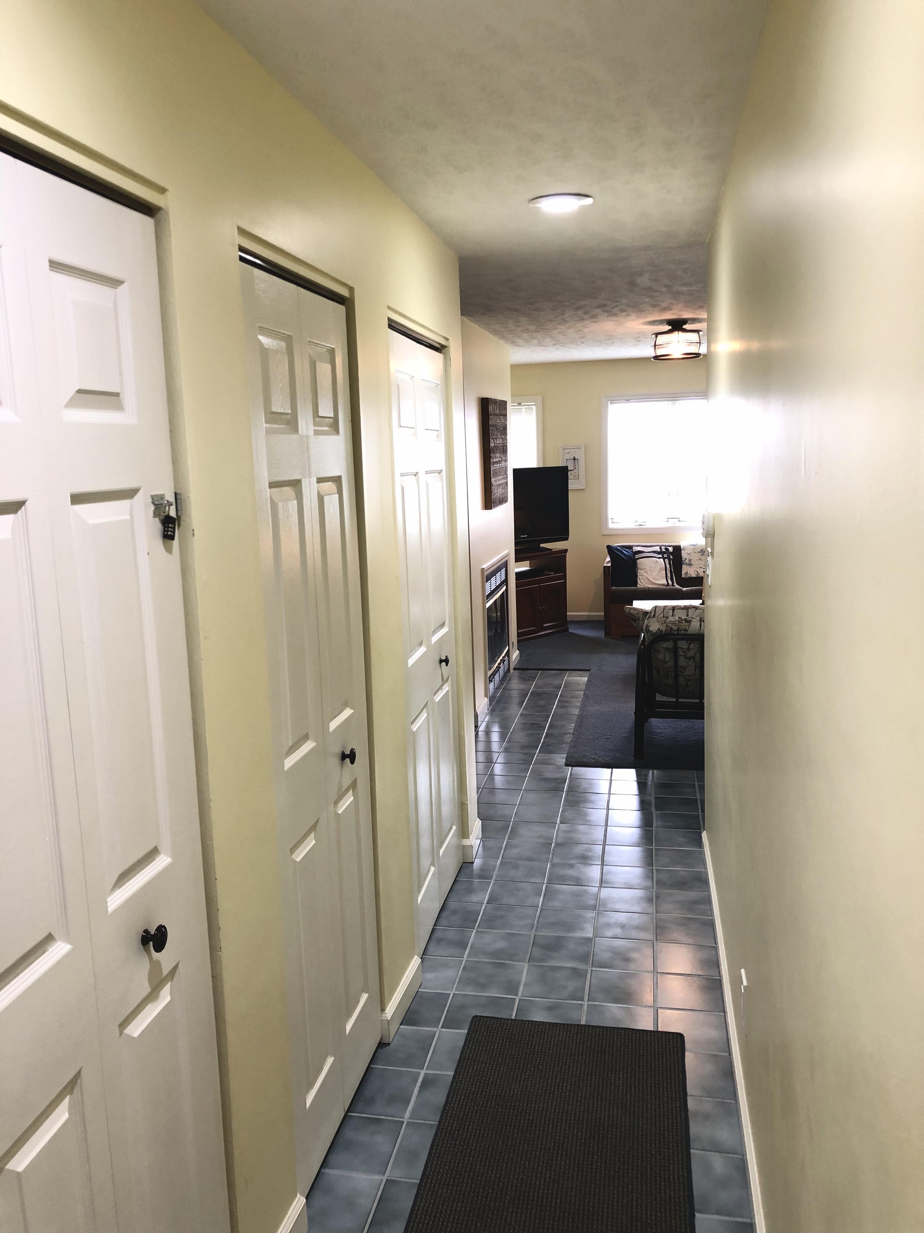 KI Hallway