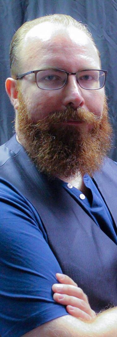 Josh Putnam 2019 Headshot 8.jpg