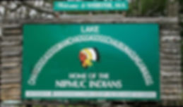 640px-Chaubunagungamaug_lake_sign.jpg