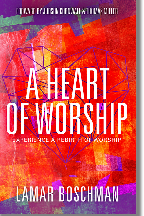 A HEART OF WORSHIP (Includes Study Guide)