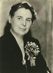 Gisela Marie Augusta Richter.jpg