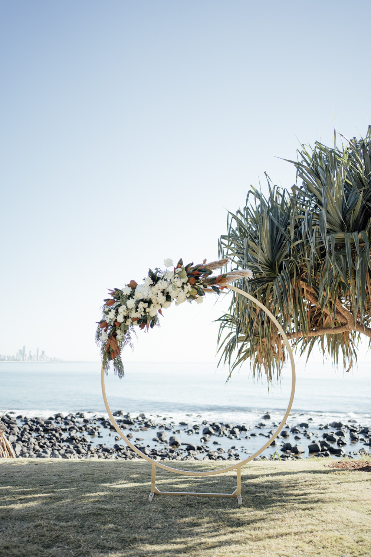 Circular arbor beach wedding burleigh heads
