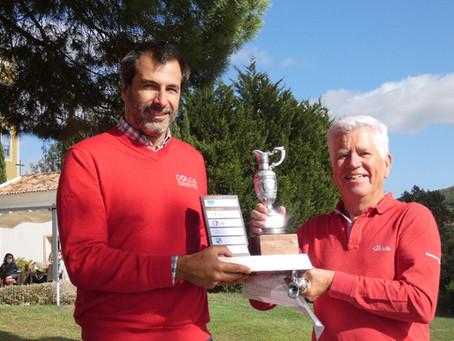 Xira Golfe a 9 pancadas do vencedor do OUT-OF-BOUNDS-3