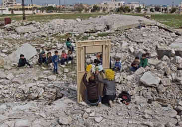 Syrian puppet show