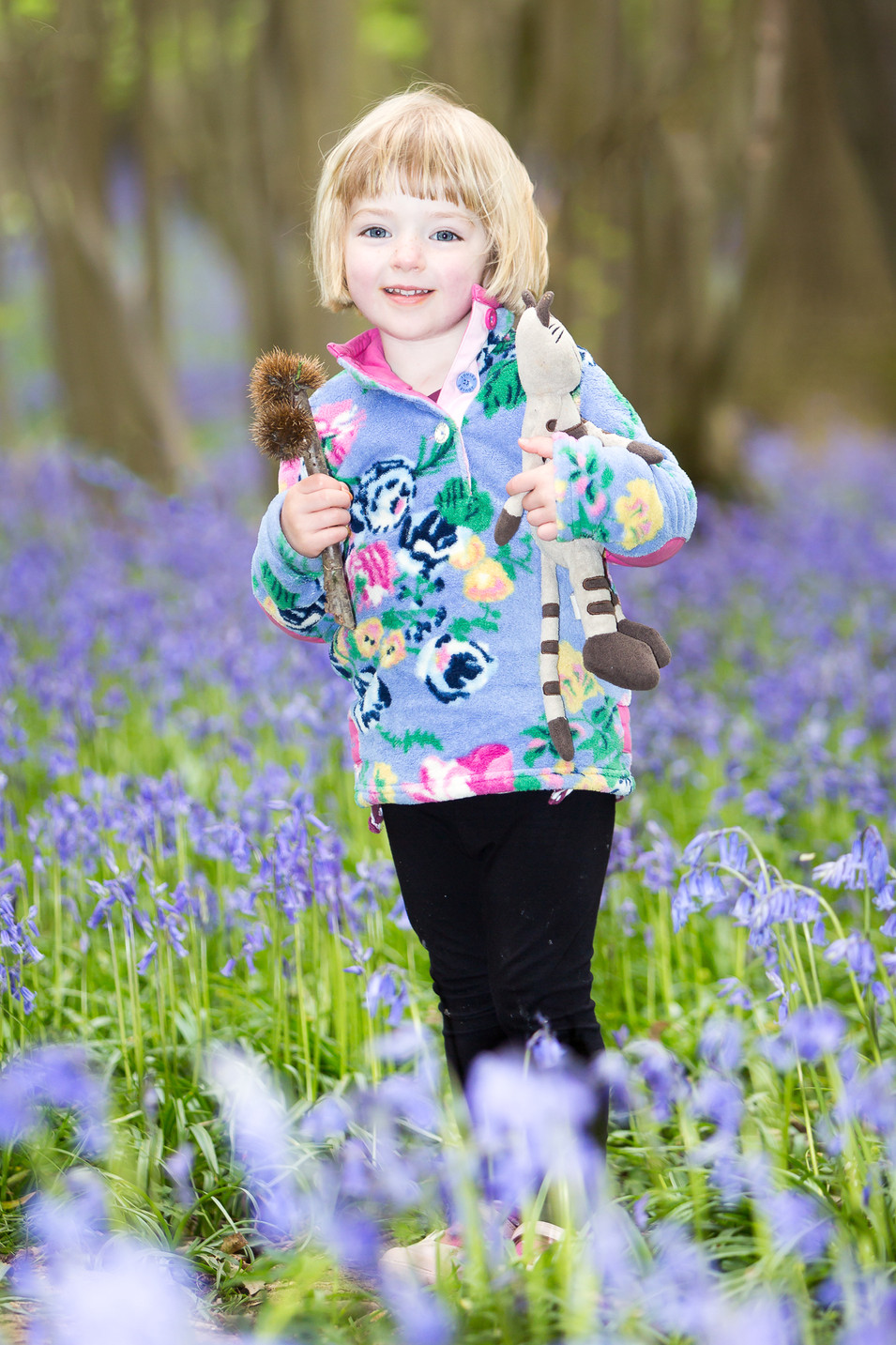 Family photography session in bluebells