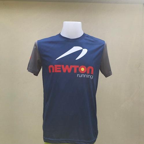 เสื้อยืด Newton running (สีนำ้เงิน)
