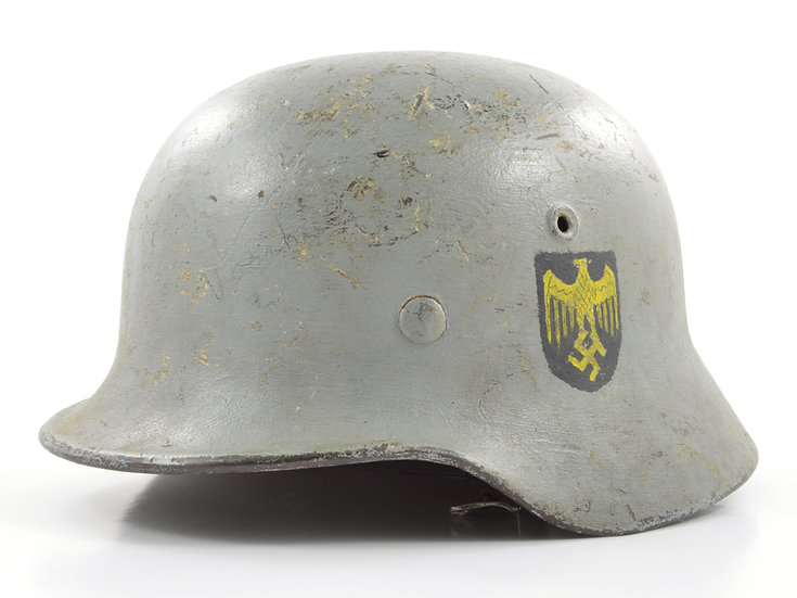"Original WW2 German M40 Camouflaged Single ""Decal"" Kriegsmarine Helmet & Liner Set (EF64) For Sale"
