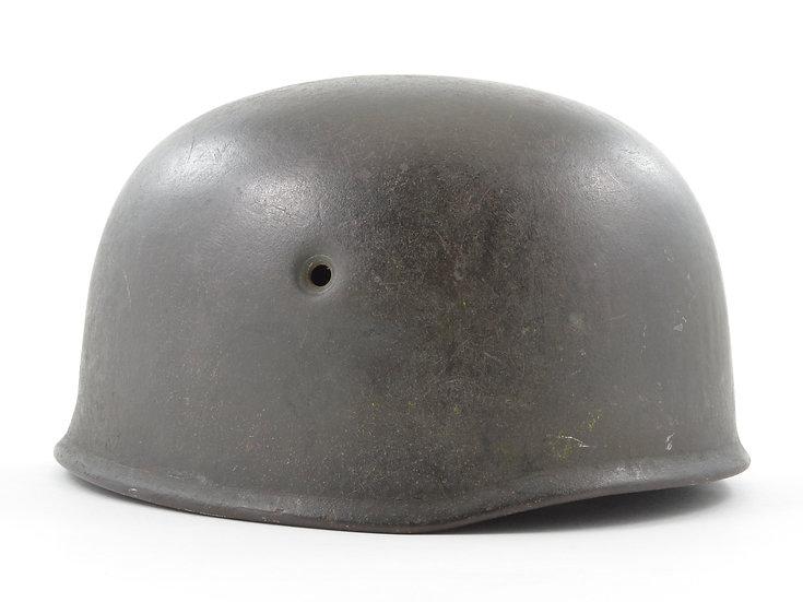 Late-WWII German M38 Fallschirmjäger Helmet Shell (ckl68)