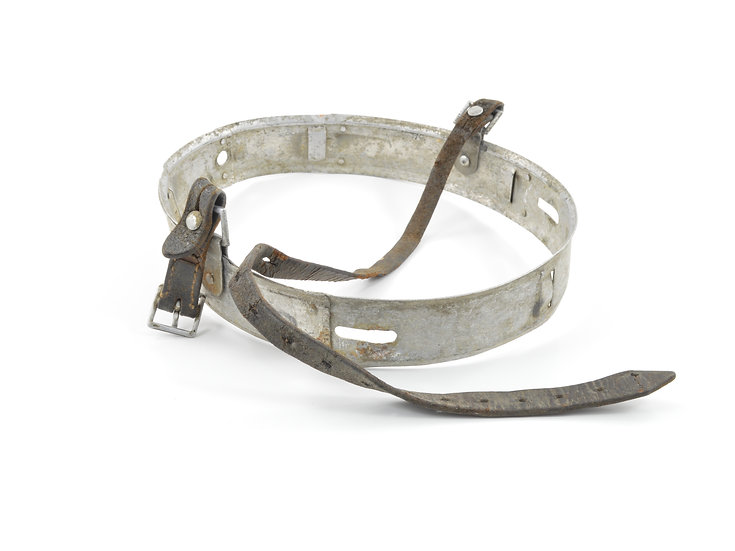Original Early-WW2 German M35 62/55 Helmet Liner Band & Chinstrap (1939) For Sale
