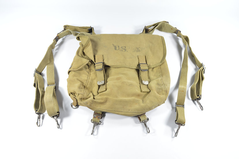WWII Paratrooper M1936 Musette Bag & Suspenders (1942)