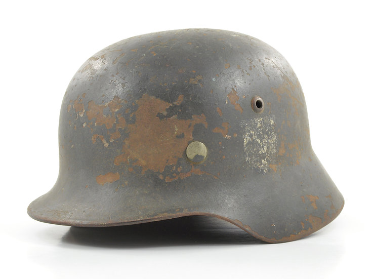 Original WW2 German M35 Reissued Single Decal Heer Helmet & Liner Set For Sale