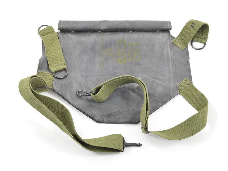 Original WW2 U.S. D-Day M7 Rubberized Army Assault Gas Mask Bag For Sale