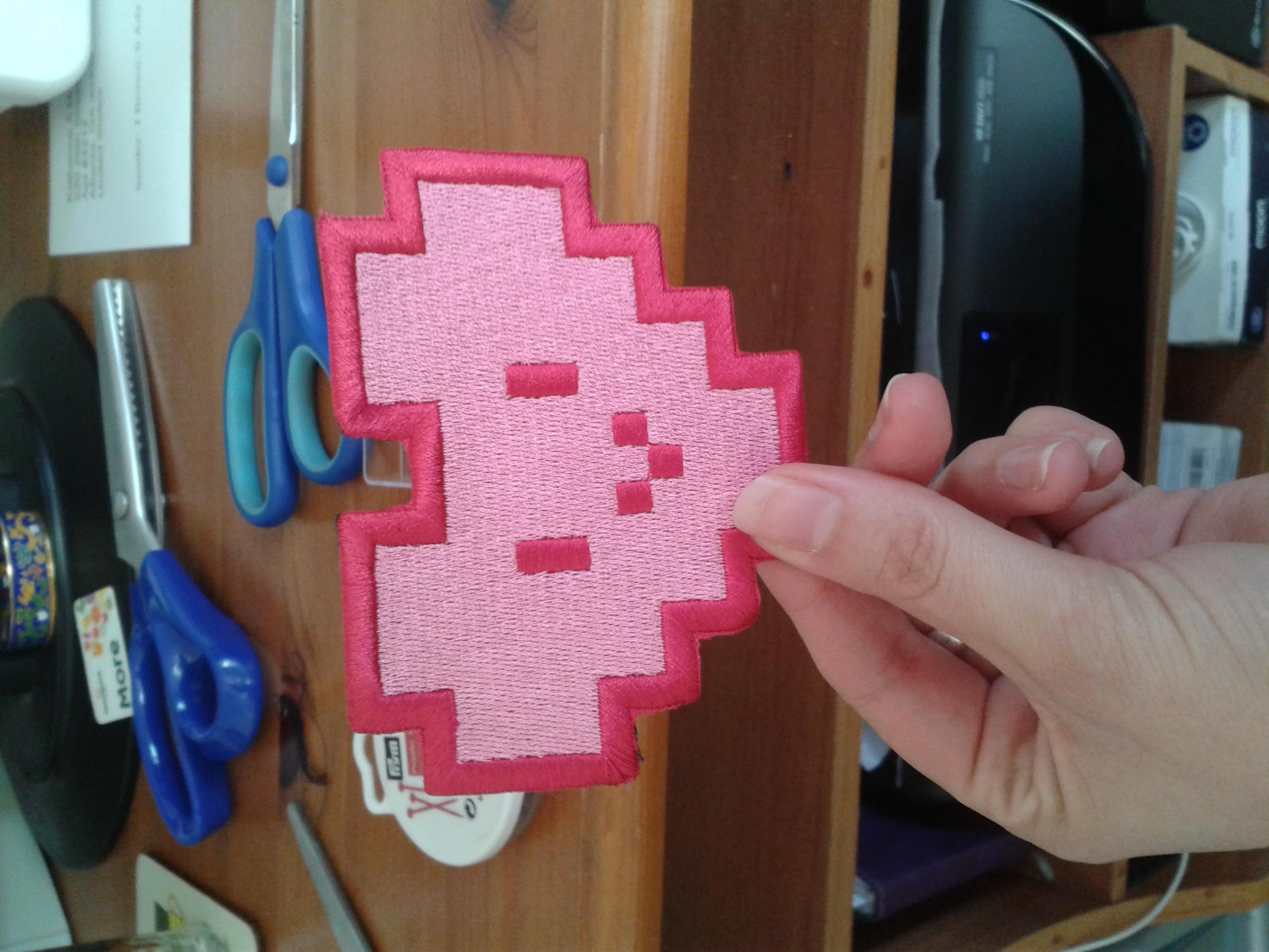 League of Legends pixel heart