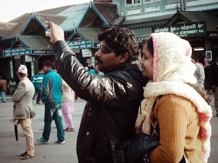 darjeeling, india, himalaya, kangchenjunga, hills, tourism, vacation, holiday, street photography, photo story, journalism, photography, camera, click, whisper, shy, jacket