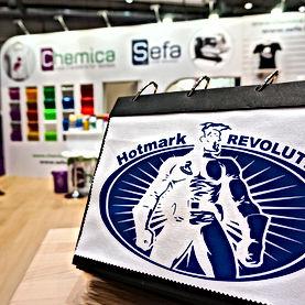 revolutionsalon.jpg
