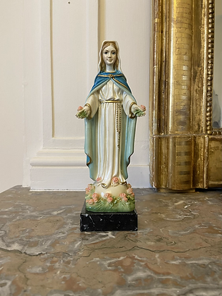 Vierge aux roses
