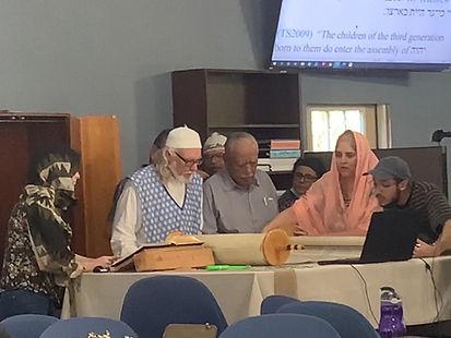 Torah reading.JPG