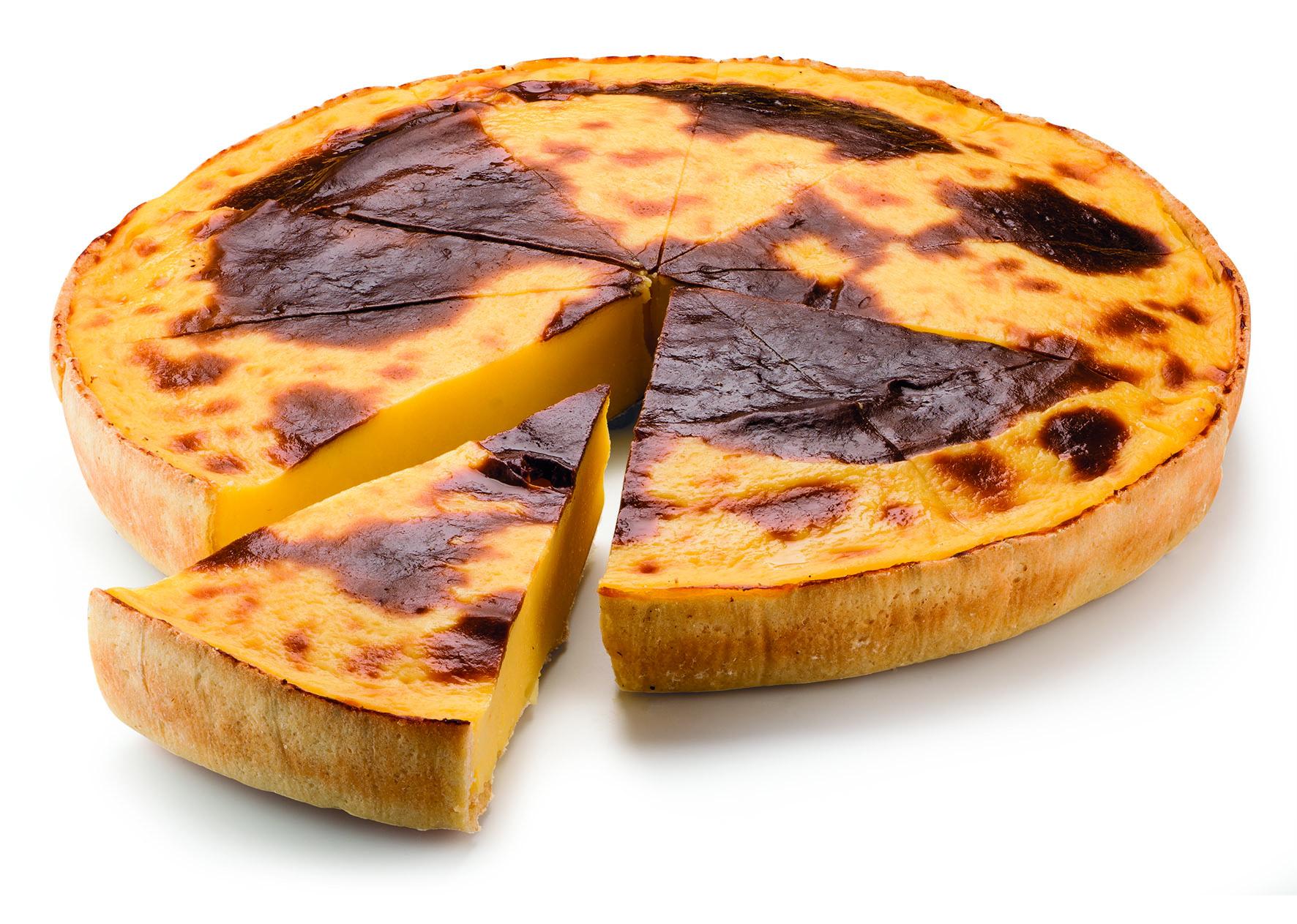 Pre-sliced custard tart