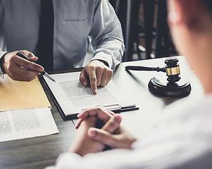 Hakimin Masası