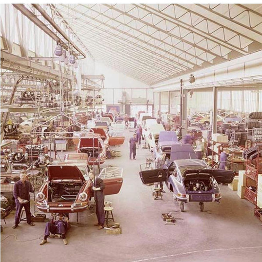 Porsche 912 production.jpg