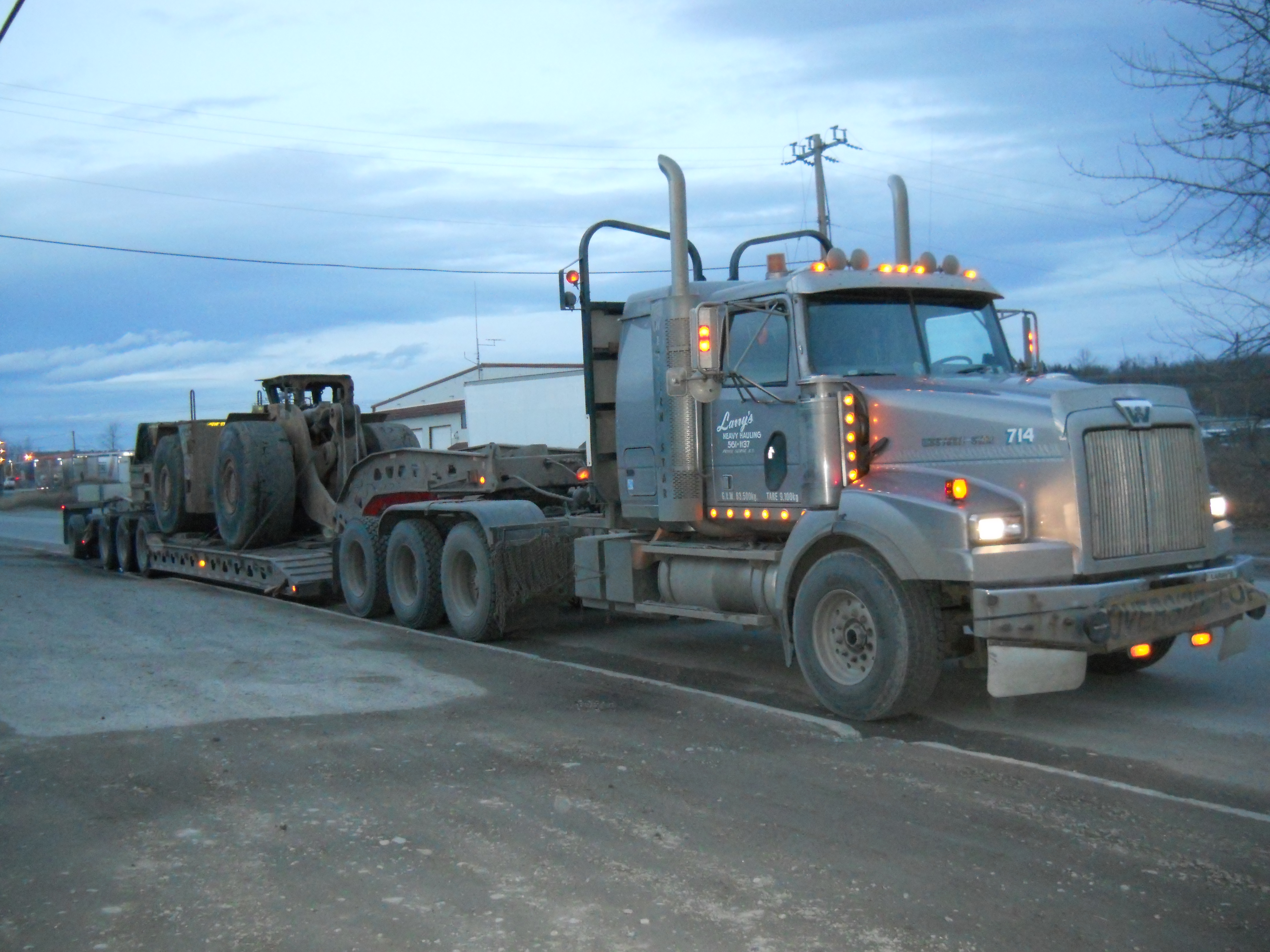 714 mine truck
